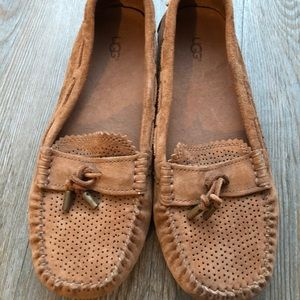 UGG | Moccasins / Slippers